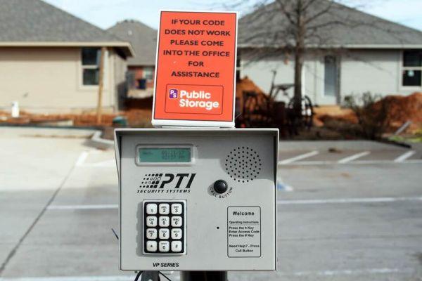 Public Storage - Oklahoma City - 9720 SW 15th St 9720 SW 15th St Oklahoma City, OK - Photo 4
