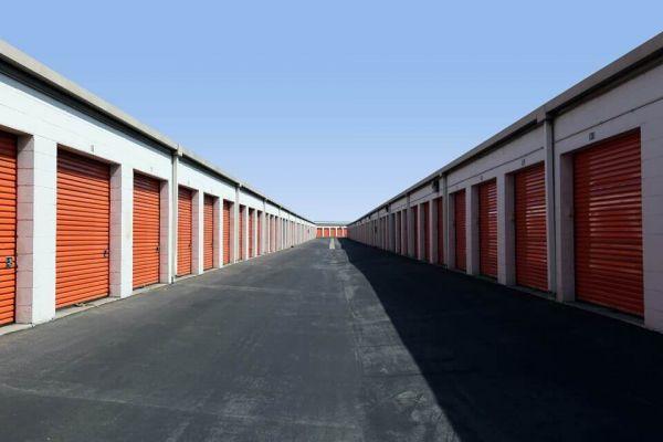 Public Storage - South Gate - 5005 Firestone Place 5005 Firestone Place South Gate, CA - Photo 1