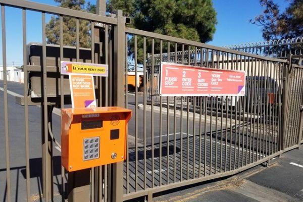 Public Storage - Long Beach - 3207 South Street 3207 South Street Long Beach, CA - Photo 4