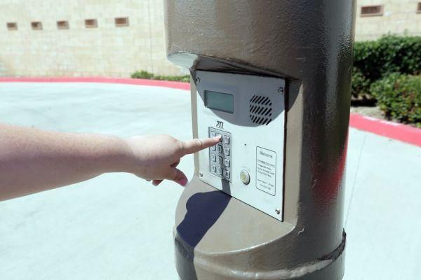 Public Storage - Long Beach - 2506 Atlantic Ave 2506 Atlantic Ave Long Beach, CA - Photo 4
