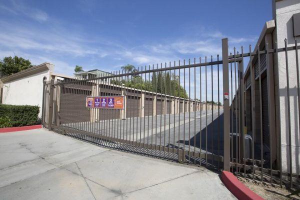 Public Storage - Long Beach - 2506 Atlantic Ave 2506 Atlantic Ave Long Beach, CA - Photo 3