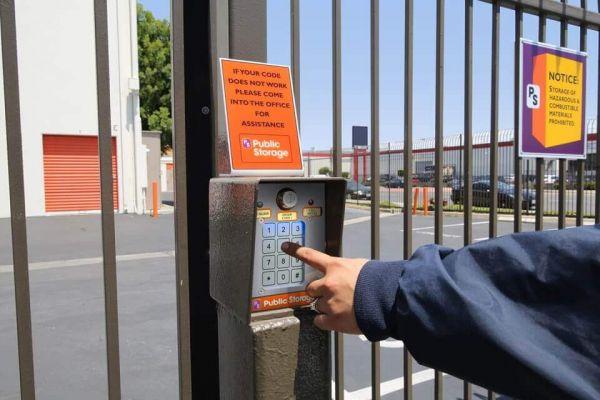 Public Storage - Gardena - 14209 Western Ave 14209 Western Ave Gardena, CA - Photo 4