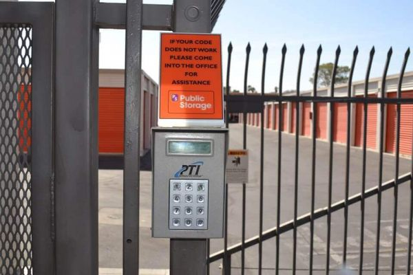 Public Storage - Las Vegas - 1900 N Jones Blvd 1900 N Jones Blvd Las Vegas, NV - Photo 4