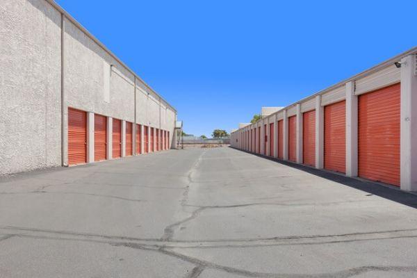 Public Storage - Phoenix - 2421 N Black Canyon Hwy 2421 N Black Canyon Hwy Phoenix, AZ - Photo 1