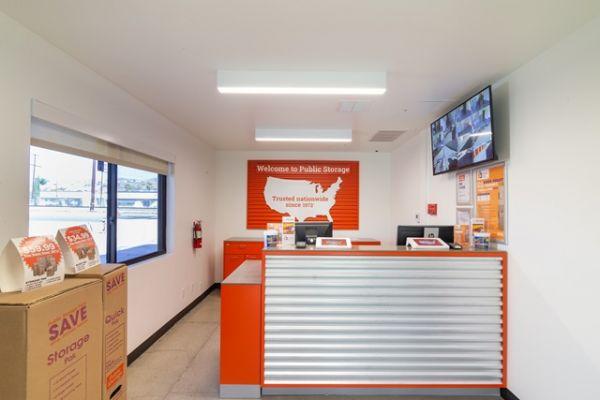 Public Storage - Burbank - 7521 N San Fernando Rd 7521 N San Fernando Rd Burbank, CA - Photo 2
