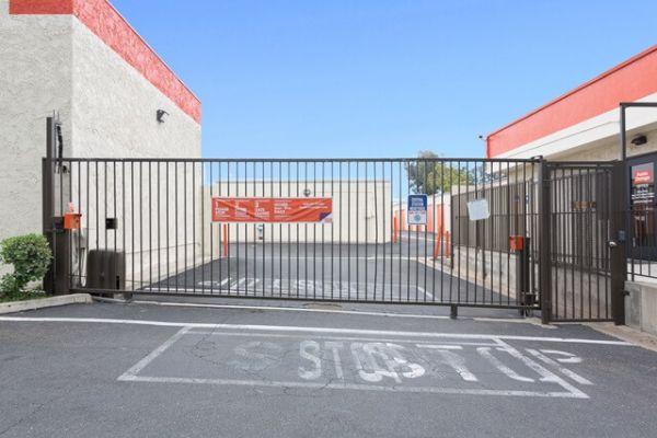 Public Storage - Brea - 2750 E Imperial Hwy 2750 E Imperial Hwy Brea, CA - Photo 3