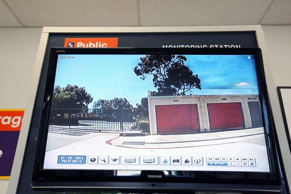 Public Storage - Lake Forest - 20292 Cooks Bay Drive 20292 Cooks Bay Drive Lake Forest, CA - Photo 3