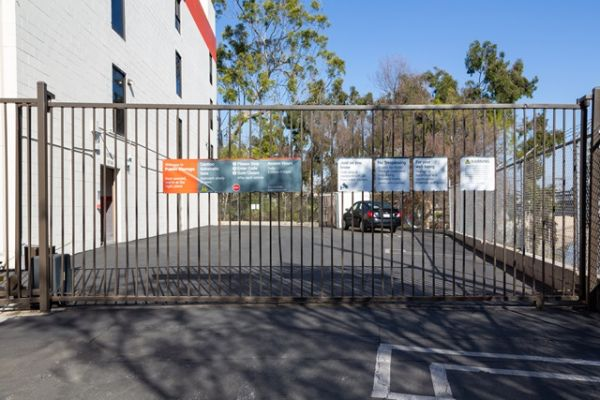 Public Storage - Los Angeles - 5917 Burchard Ave 5917 Burchard Ave Los Angeles, CA - Photo 3