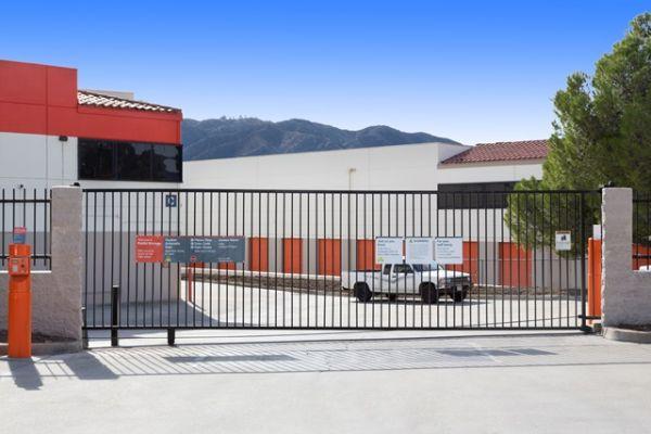 Public Storage - Tujunga - 6400 Foothill Blvd 6400 Foothill Blvd Tujunga, CA - Photo 3