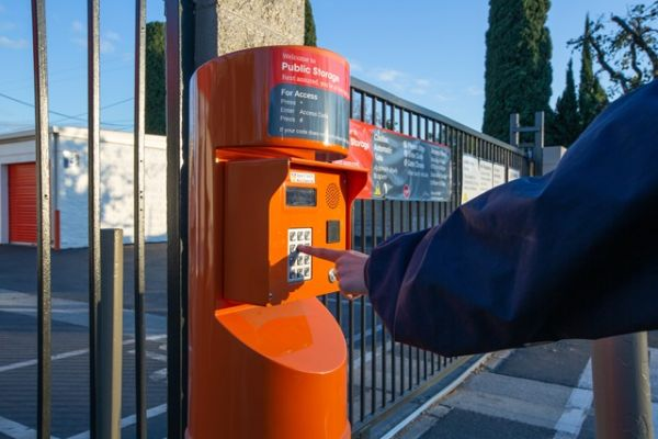 Public Storage - Orange - 601 N Main Street 601 N Main Street Orange, CA - Photo 4
