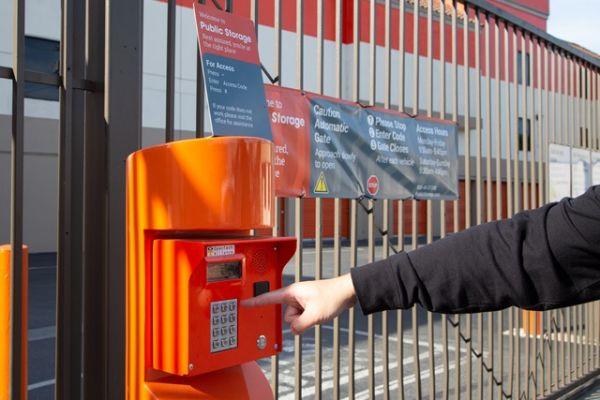 Public Storage - Venice - 315 S 4th Ave 315 S 4th Ave Venice, CA - Photo 4