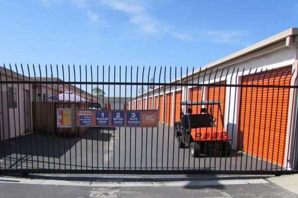 Public Storage - San Jose - 475 Tully Road 475 Tully Road San Jose, CA - Photo 3