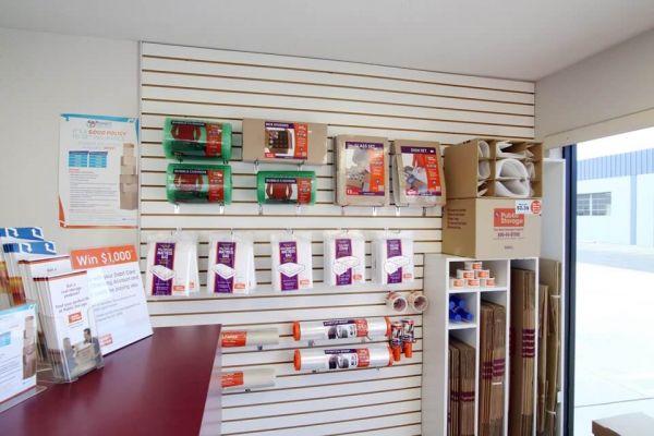 Public Storage - Torrance - 1724 S Crenshaw Blvd 1724 S Crenshaw Blvd Torrance, CA - Photo 2