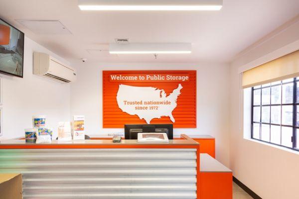 Public Storage - Tujunga - 6467 Foothill Blvd 6467 Foothill Blvd Tujunga, CA - Photo 2
