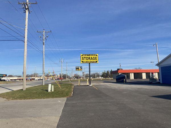 Next Door Self Storage - Kennedy East Moline, IL 4212 Kennedy Drive East Moline, IL - Photo 3