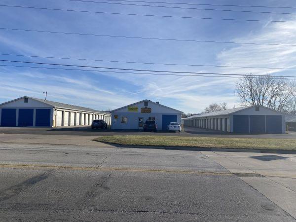 Next Door Self Storage - Kennedy East Moline, IL 4212 Kennedy Drive East Moline, IL - Photo 4