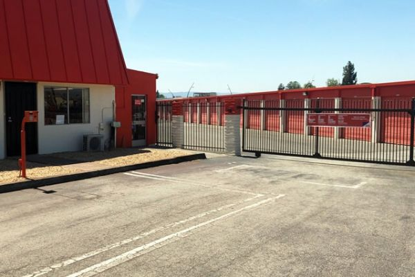 Public Storage - Milpitas - 1601 Watson Court 1601 Watson Court Milpitas, CA - Photo 3