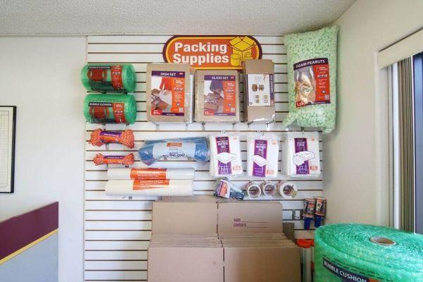 Public Storage - Torrance - 4460 Del Amo Blvd 4460 Del Amo Blvd Torrance, CA - Photo 2