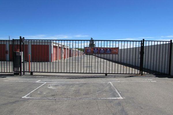 Public Storage - Pleasanton - 3470 Boulder Street 3470 Boulder Street Pleasanton, CA - Photo 3