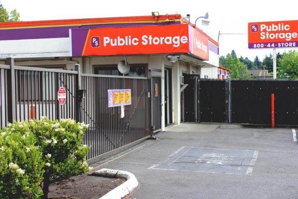 Public Storage - Portland - 7402 SE 92nd Ave 7402 SE 92nd Ave Portland, OR - Photo 0