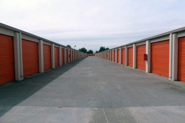 Public Storage - Tracy - 400 W Larch Road 400 W Larch Road Tracy, CA - Photo 1