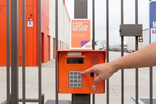 Public Storage - Montebello - 1012 S Maple Ave 1012 S Maple Ave Montebello, CA - Photo 4