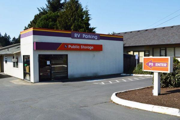 Public Storage - Milwaukie - 17501 SE McLoughlin Blvd 17501 SE McLoughlin Blvd Milwaukie, OR - Photo 0