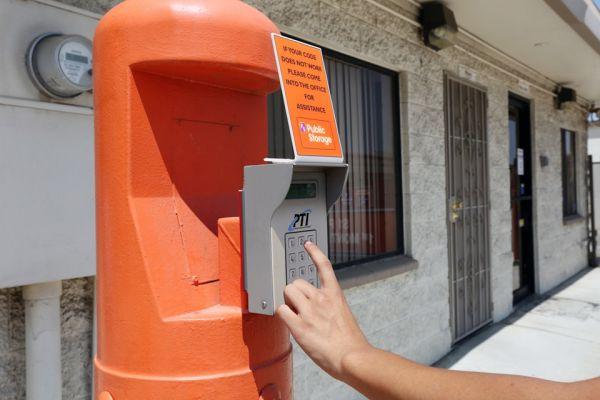 Public Storage - Bloomington - 10047 Linden Ave 10047 Linden Ave Bloomington, CA - Photo 4