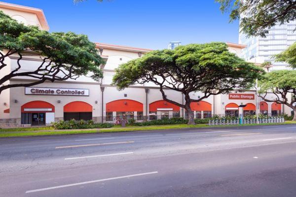 Public Storage - Honolulu - 1067 Kapiolani Blvd