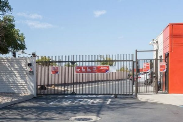 Public Storage - Campbell - 175 S Curtner Ave 175 S Curtner Ave Campbell, CA - Photo 3