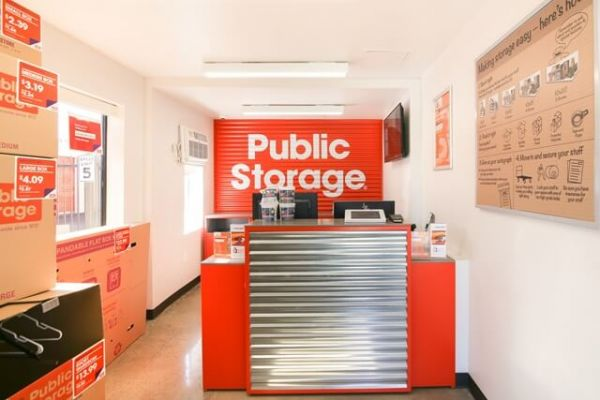 Public Storage - Irwindale - 15534 Arrow Highway 15534 Arrow Highway Irwindale, CA - Photo 2