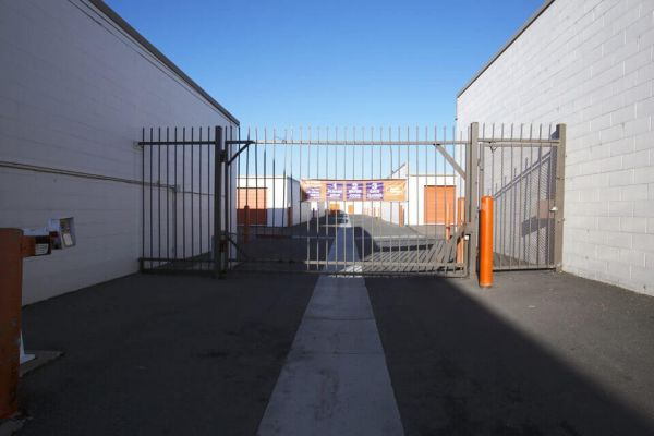 Public Storage - El Cajon - 1047 N Johnson Ave 1047 N Johnson Ave El Cajon, CA - Photo 3