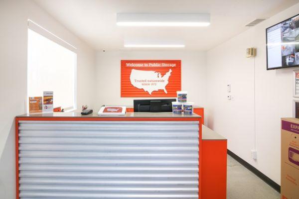 Public Storage - Los Angeles - 5741 W Jefferson Blvd 5741 W Jefferson Blvd Los Angeles, CA - Photo 2