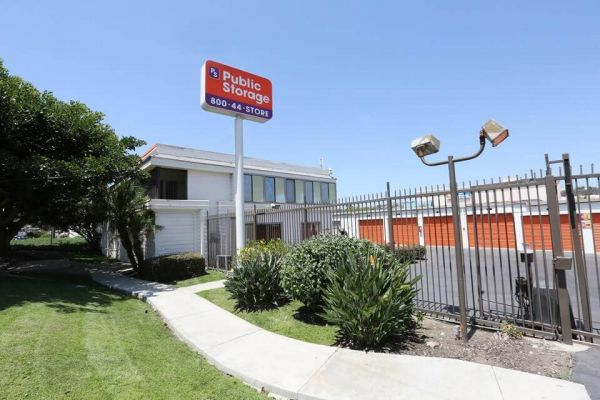 Public Storage - San Diego - 5175 Pacific Hwy 5175 Pacific Hwy San Diego, CA - Photo 0