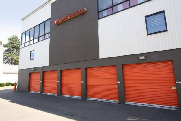 Public Storage - Shoreline - 14900 Aurora Ave N 14900 Aurora Ave N Shoreline, WA - Photo 1
