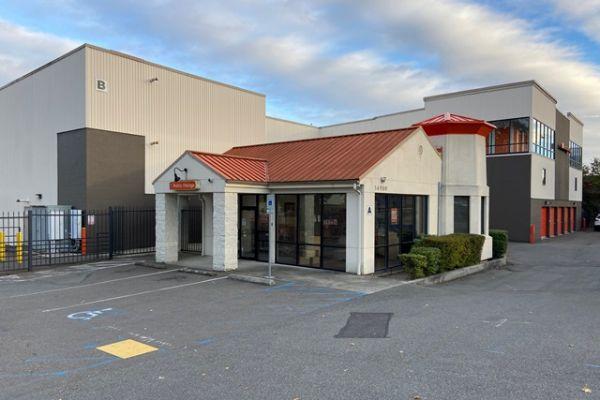 Public Storage - Shoreline - 14900 Aurora Ave N 14900 Aurora Ave N Shoreline, WA - Photo 0