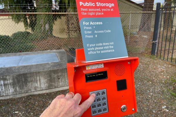 Public Storage - Shoreline - 14900 Aurora Ave N 14900 Aurora Ave N Shoreline, WA - Photo 4
