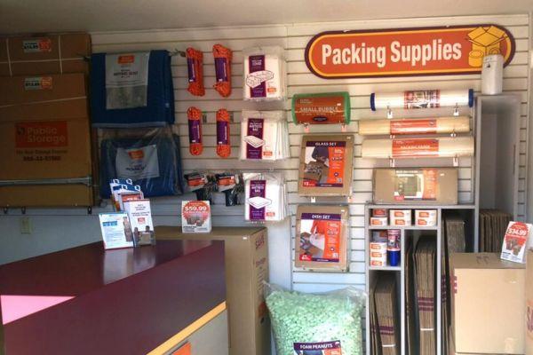 Public Storage - Kent - 8611 S 222nd Street 8611 S 222nd Street Kent, WA - Photo 2