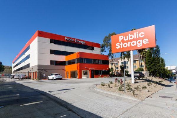 Public Storage - Los Angeles - 6701 S Sepulveda Blvd 6701 S Sepulveda Blvd Los Angeles, CA - Photo 0