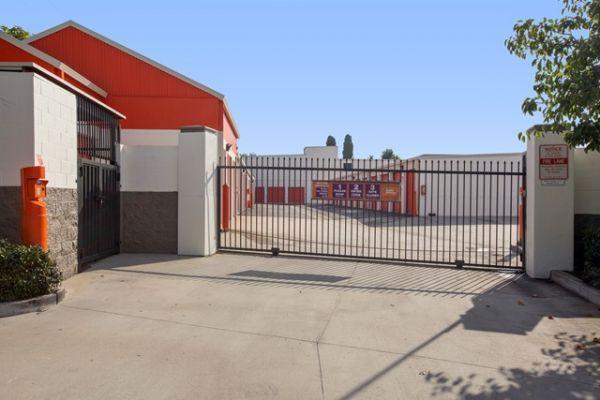 Public Storage - Costa Mesa - 1604 Newport Blvd 1604 Newport Blvd Costa Mesa, CA - Photo 3