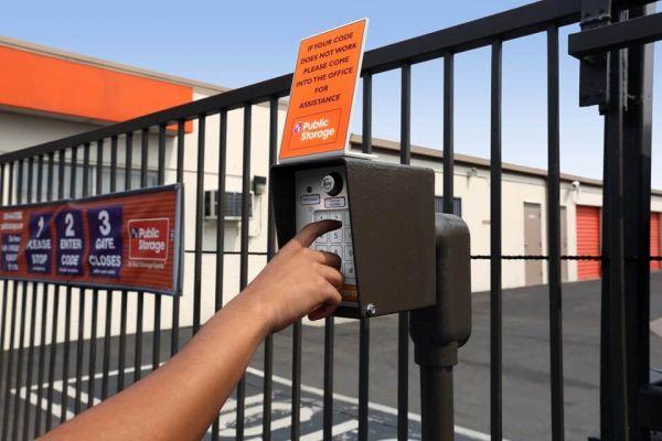Public Storage - Anaheim - 4880 E La Palma Ave 4880 E La Palma Ave Anaheim, CA - Photo 4