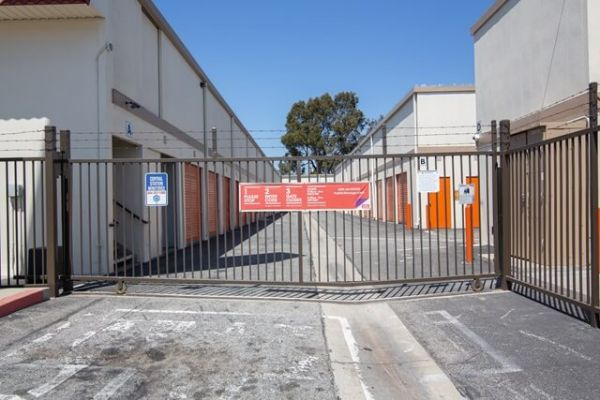 Public Storage - Baldwin Park - 13249 Garvey Ave 13249 Garvey Ave Baldwin Park, CA - Photo 3