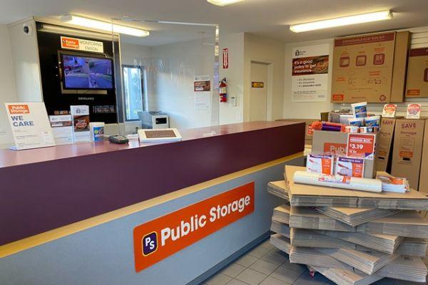 Public Storage - Lakewood - 7701 Bridgeport Way W 7701 Bridgeport Way W Lakewood, WA - Photo 2