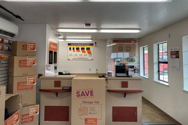 Public Storage - San Lorenzo - 16025 Ashland Ave 16025 Ashland Ave San Lorenzo, CA - Photo 2