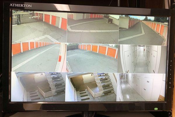 Public Storage - San Lorenzo - 16025 Ashland Ave 16025 Ashland Ave San Lorenzo, CA - Photo 3