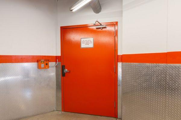 Public Storage - Culver City - 11510 Jefferson Blvd 11510 Jefferson Blvd Culver City, CA - Photo 3