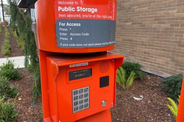Public Storage - Seattle - 9701 Aurora Ave N 9701 Aurora Ave N Seattle, WA - Photo 3