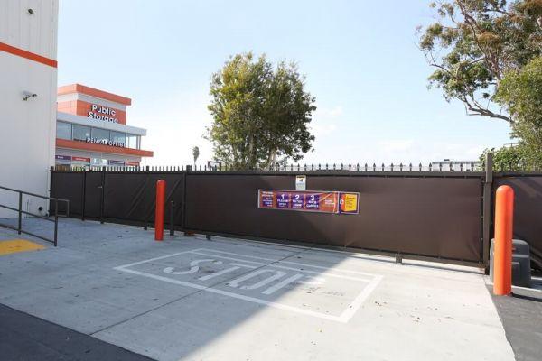 Public Storage - Hawthorne - 4880 W Rosecrans Ave 4880 W Rosecrans Ave Hawthorne, CA - Photo 3
