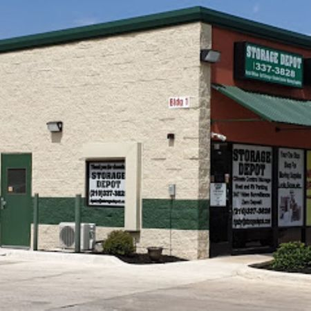 iStorage San Antonio Rigsby Ave. 3007 Rigsby Avenue San Antonio, TX - Photo 0