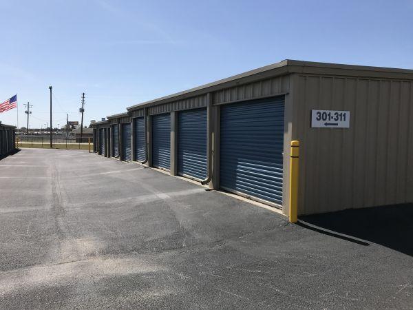 All American Self Storage 1408 Leverette Road Warner Robins, GA - Photo 3